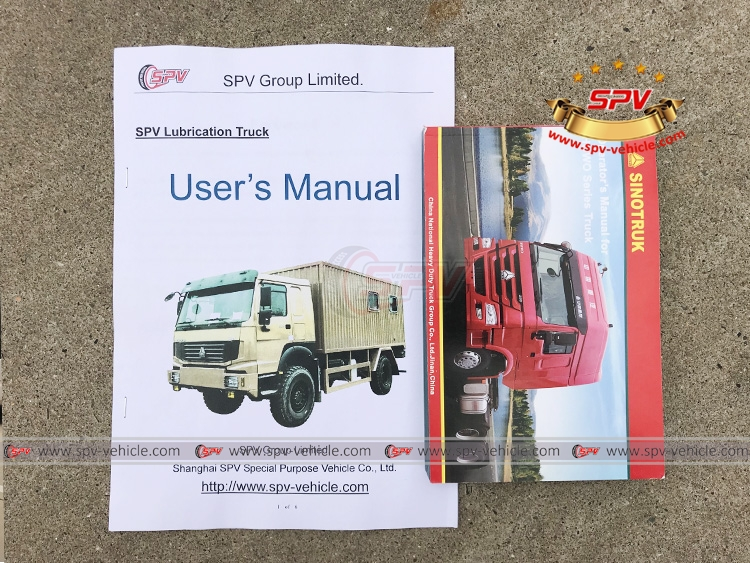 Off-road Lubrication Truck Sinotruk - Manual